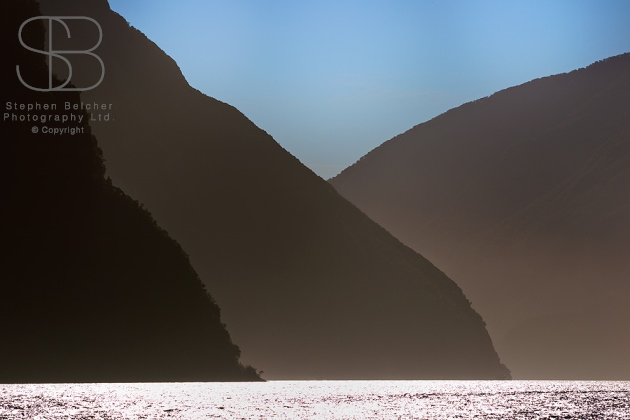 Milford Sound, Fiordland National Park, New Zealand, horizontal, water, horizontal, haze, water, glistening, silhouette. no people